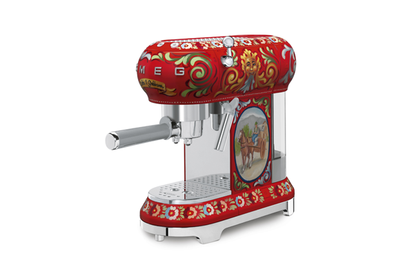 Coffee Machine – SMEG Dolce & Gabanna Collection